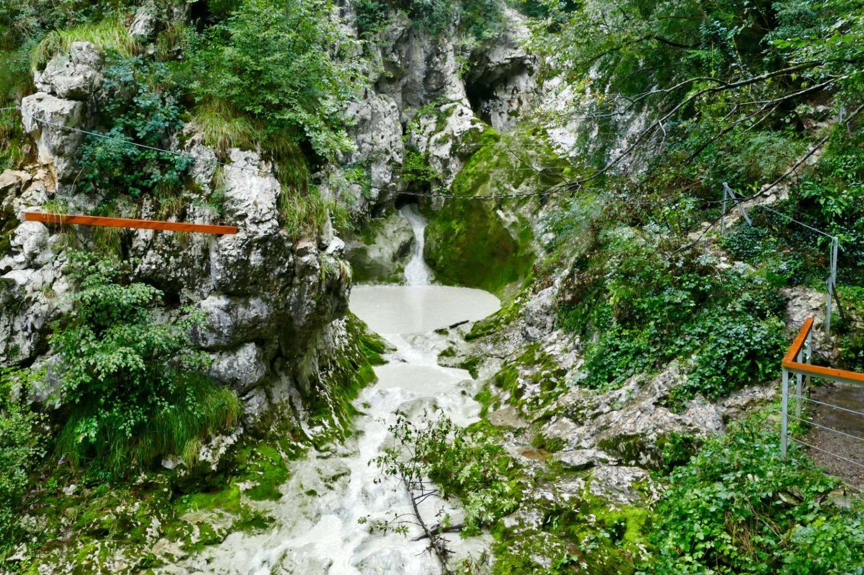 Klettersteig, der bis zum zweiten Wasserfall führt