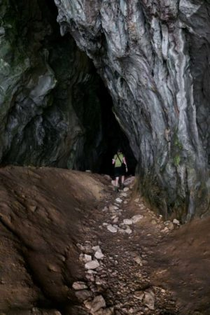 Höhle Muzeva Hisa direkt hinter der Klamm Vrazji prolaz