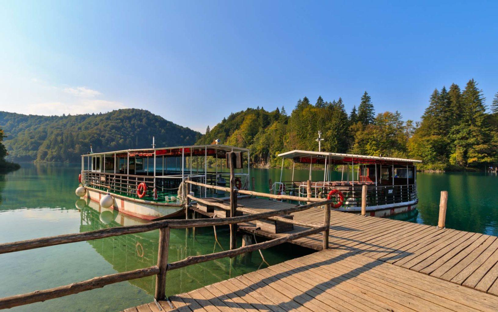 Boote am See Kozjak