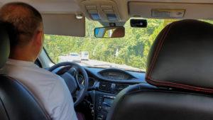 Fahrer Ge von Wildgreatwall.com auf dem Weg zur Chinesischen Mauer