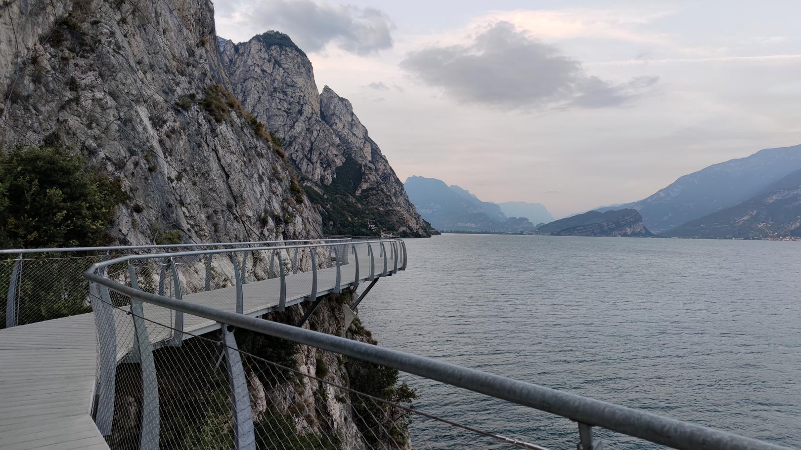 Panoramaweg zwischen Limone und Riva