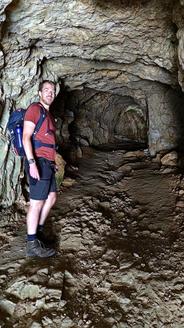 in einem Tunnel der Strada delle 52 Gallerie